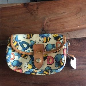 EUC Dooney and bourke bees coin pouch